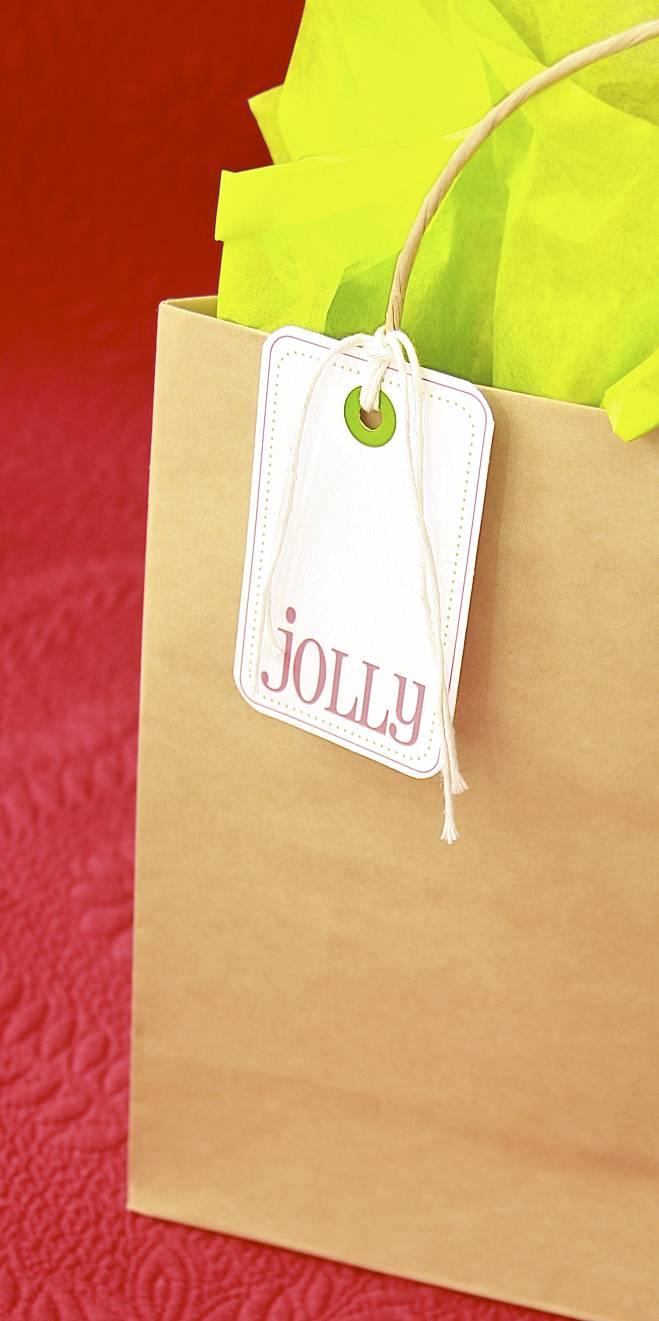 Christmas Gift Tag Printables | iloveitallwithmonikawright.com