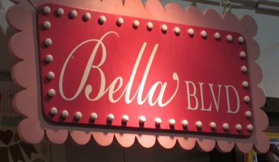 Write click scrapbook bella blvd cha
