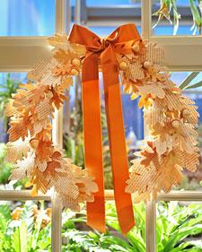 6011_092310_wreath_l