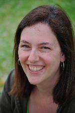 Vivian Masket Headshot