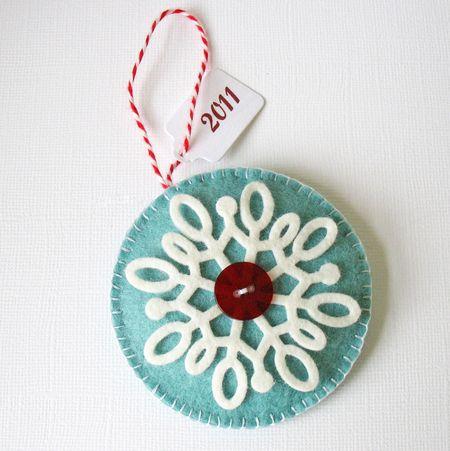 111205-2011-Ornament