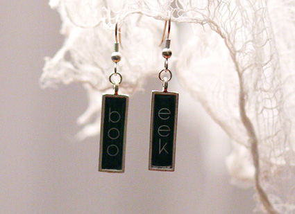 Boo_eek_earrings_marnie_write_click_scrapbook