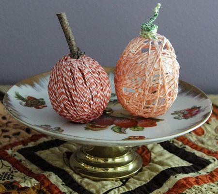 Twine pumpkins no1