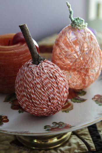 Twine pumpkins no2